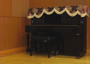 リハーサルスタジオピアノ